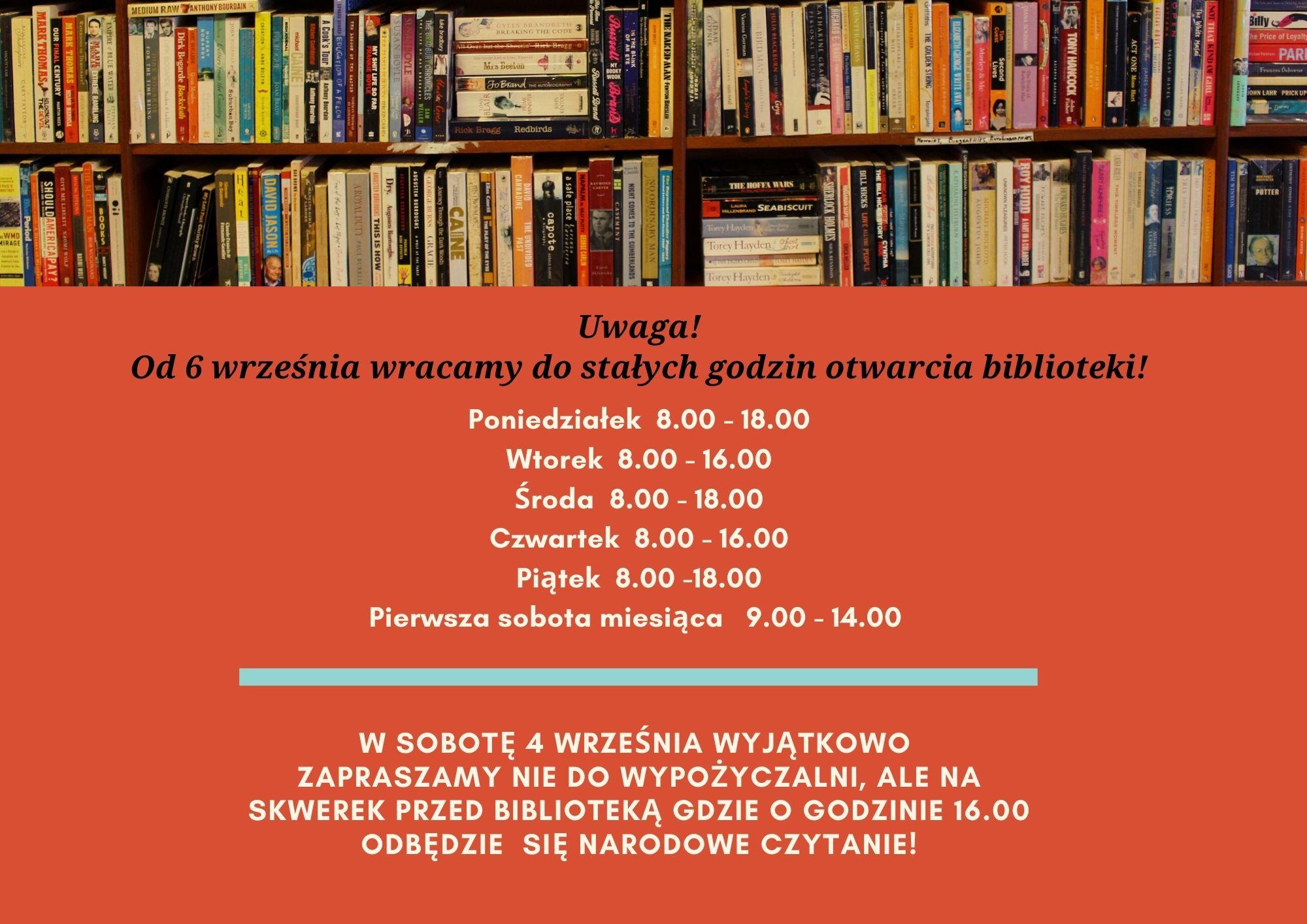 półki z książkami ogłoszenie o zmianie godzin otwarcia biblioteki